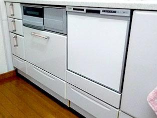キッチン:食洗機の取付に行ってまいりました